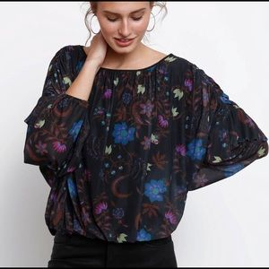 Free People Wildflower Honey Floral Mesh. Small.